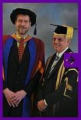 TON recibe doctorado -graduation.jpg