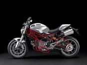 Moto Ducati-ayuda-2.jpg