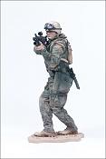 Escena de guerra-army_paratrooper-figure.jpg