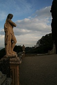 Fotillos de principiante-estatua.jpg