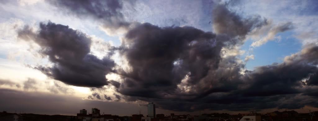 Desde mi ventana-nubes.jpg