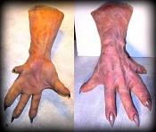 Un Orco en edicion-monster-hands.jpg