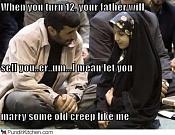 Un poco de humor   -political-pictures-mahmoud-ahmadinejad-marry-creep1.jpg