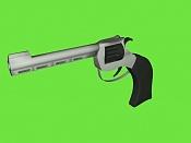 Un revolver-pistol2.jpg