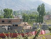 OBaMa dice que porfin se han cepillado a BIN LaDEN-mansion-de-bin-laden_03.jpg