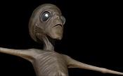 alien en el patio-evidencia.jpg
