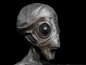 alien en el patio-lien.jpg