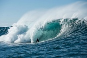 Tormenta de surfistas 3d Storm surfers 3d-tormenta-de-surfistas.jpeg