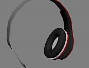 Spot  Headphones BEaTS-2.jpg