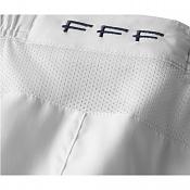 Telas tecnicas en VRaY alguien tiene una soga -pantalon-corto-francia-exterior-2012-nike.jpg