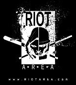 Colaboracion con riotarea-logoriot_blanco_con_web.jpg