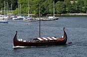 Barco vikingo-800px-viking_ship_in_stockholms_strom.jpg
