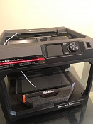 VENDO MakerBot Replicator + Impresora 3D (NUEVA)-img_1206.jpg