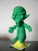 Y este Alien que os parece-figura_plastilina.jpg