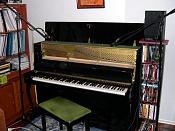 Musical Concept-piano-micros.jpg