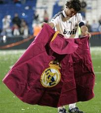 atletico-de-Madrid y la Liga del Futbol   2007 2008 -raul-15-.jpg