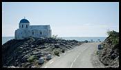 Iglesia Griega Bajo el Volcan-santorini01.jpg
