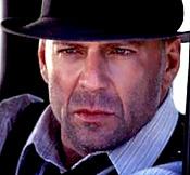 Un pequeño reto personal  Bruce Willis -referencia.jpg