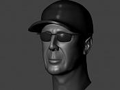 Un pequeño reto personal  Bruce Willis -willis-gorra-2.jpg