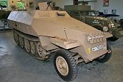 Leopard 2 a5-sdkfz_251_ausf_d_1.jpg