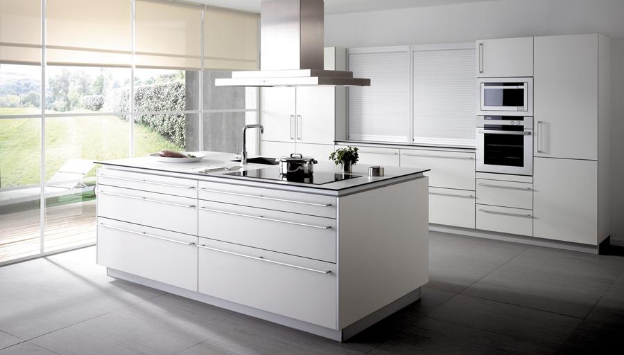 Kuche Aus Eiche Modern : Pin Moderne Küche Kochinsel Aus Marmor Aus ...